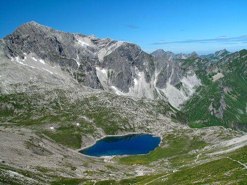 Braunarlspitze (2649m), See Butzensee und die Bregenzerwald-Gipfel