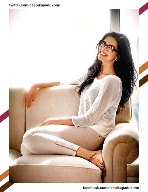 #DeepikaPadukone images, #Celebrities photos. #Bollywood hindi Movie #Actress Stills. Check out more pictures: http://www.starpic.in/bollywood-hindi/deepika-padukone.html