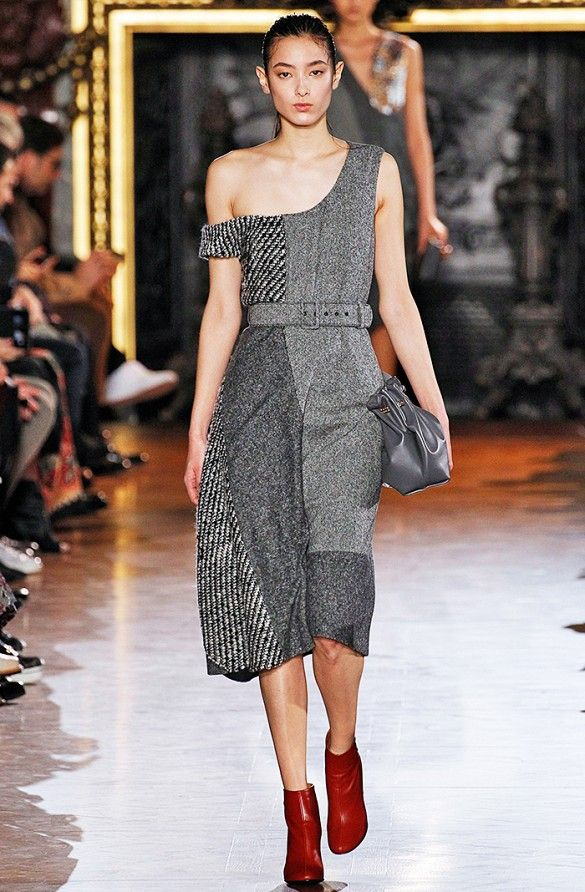 Got 5 Minutes? See All the Major Highlights & Trends From Fashion Week via @WhoWhatWear