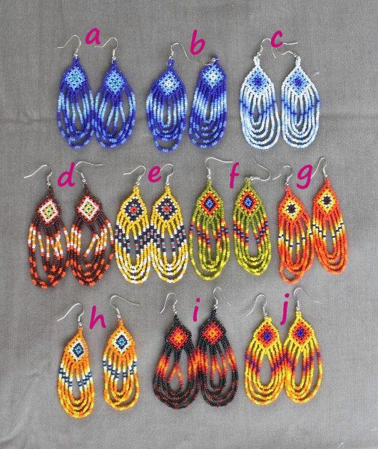 ウィチョールビーズ手編みのフリンジピアス(メキシコのウィチョル族)-中南米と世界の手作りと輸入雑貨のお店リャマリャマ