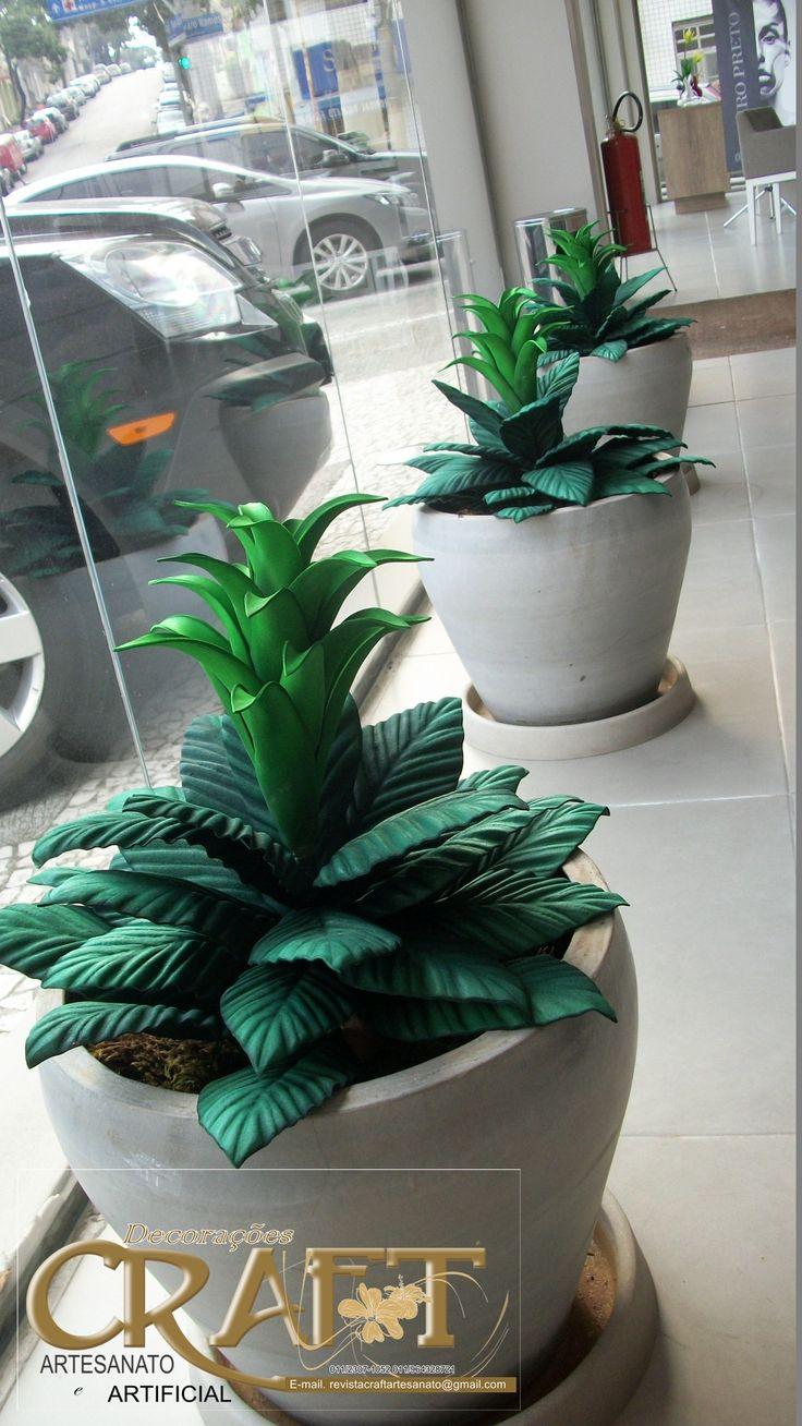 Vaso decorativo feito com flores em E.V.A - Aceitamos encomendas e enviamos para todo o Brasil, 011/964328721 - Faça você mesma, entre em contato com a gente que temos a venda todos materiais para modelagem ( frisadores ) e matéria prima ( cola e E.V.A )
