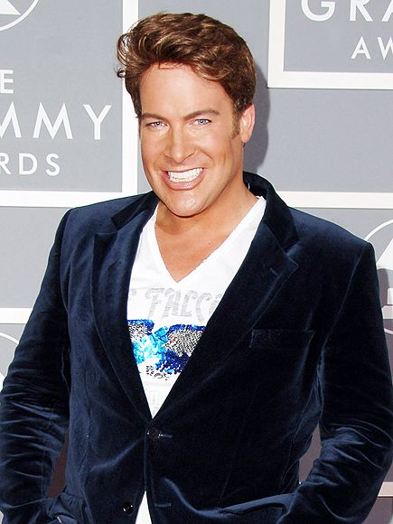 Canadian Television Host Chris Hyndman Has Died at 49 http://www.people.com/article/chris-hyndman-canadian-tv-host-dead-49