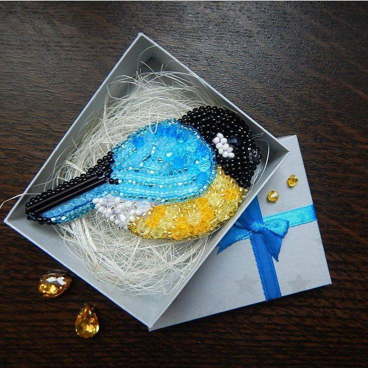 Автор @chikabrooch 〰〰〰〰〰〰〰〰〰〰〰〰〰〰 По всем вопросам обращайтесь к авторам изделий!!! #ручнаяработа #брошьизбисера #брошьручнойработы #вышивкабисером #мастер #бисер #handmade_prostor #handmadejewelry #brooch #beads #crystal #embroidery #swarovskicrystals #swarovski #купитьброшь #украшенияручнойработы #handmade #handemroidery #брошь #кольеручнойработы #кольеизбисера #браслеты #браслетручнойработы #сутажныеукрашения #сутаж #шибори #полимернаяглина #украшенияизполимернойглины