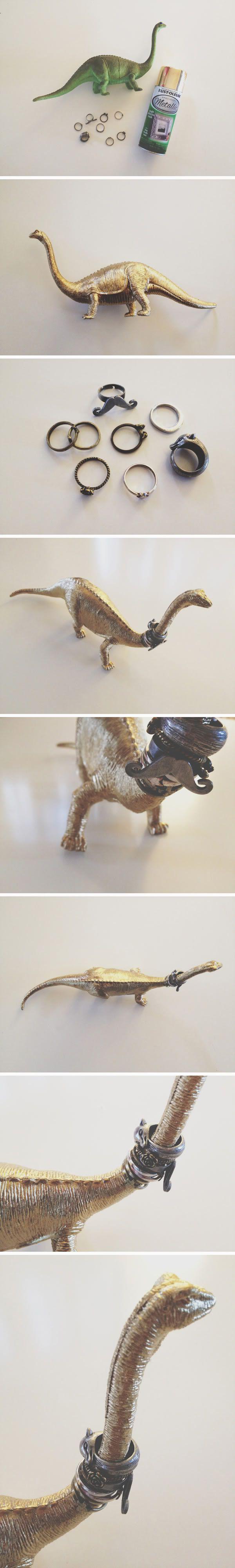 DIY Dino Ring Holder by walkinlove