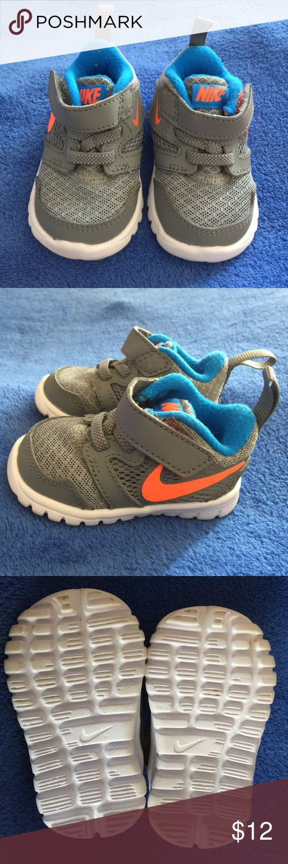 Infant boys Nike shoes size 2! This is a pair of infant boys Nike shoes size 2. They have been worn on a few times and are in great shape. If you have any questions please let me know. Thanks! Nike Shoes Baby & Walker
