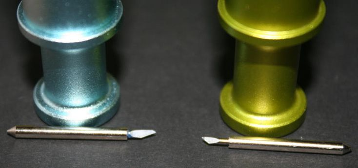 Comparing Cricut's Blue (Deep Cut) Blade vs Green (Regular Blade)