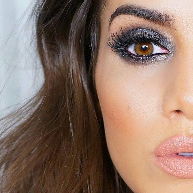 8. Olhos esfumados: eles deixam um visual perfeito na sua maquiagem, mas cuidado, você precisa dominar bem essa técnica para não aplicá-la de maneira errada.