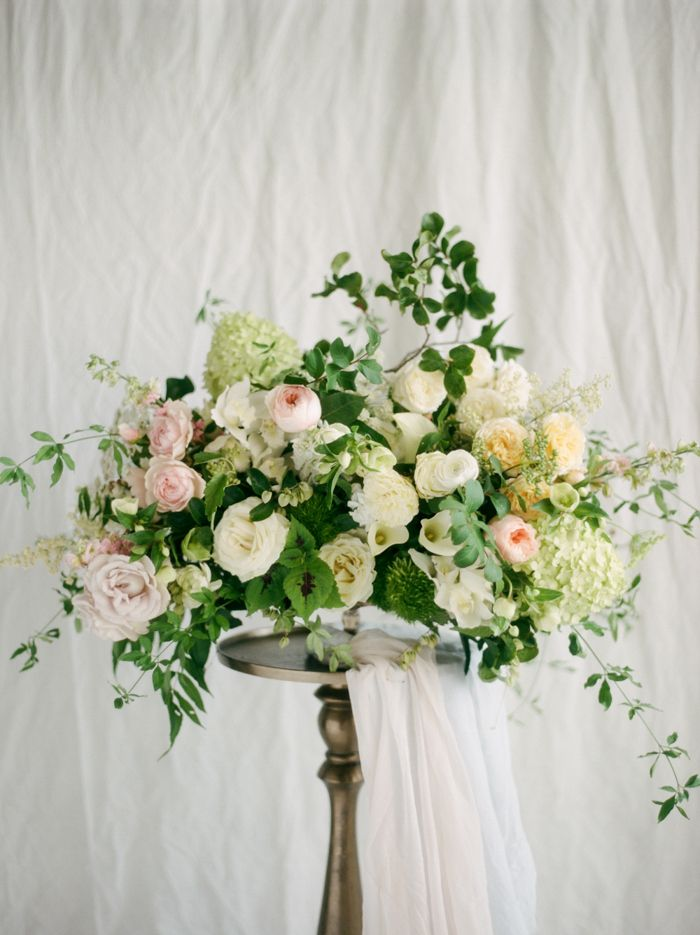 French Spring Flowers for a Romantic Centerpiece