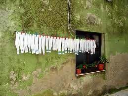 Pulizia veloce delle scarpe: come pulire bene l'interno delle scarpe. | vivere verde