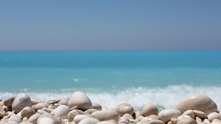 Stones on the beach  http://5kwallpapers.com/wall/stones-on-the-beach-4  #stones #beach #summer #holiday #sea #ocean #sky