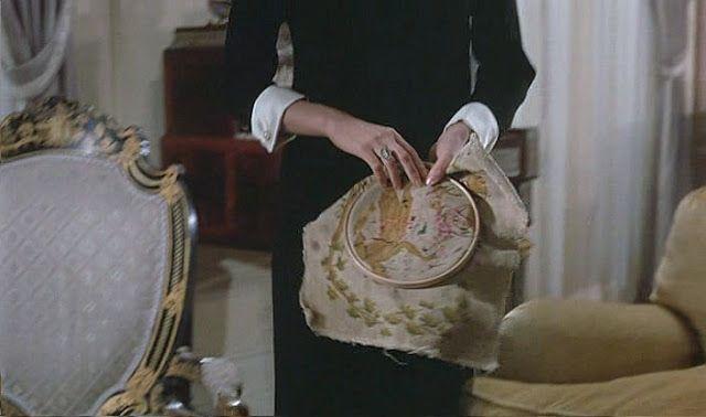 Вышивка в кино. И не только.: Дневная красавица / Belle de jour (1967)