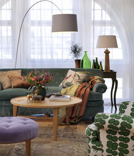 Josef Frank's pattern + a comfortable and relaxed living room + green couch