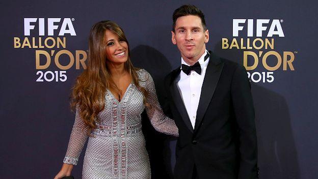 Lionel Messi recibió la motivación de su pareja Antonella Roccuzzo, a poco de enfrentarse con el Barcelona ante Celta de Vigo por la Liga BBVA a propósito de la celebración por el día de San Valentín. Febrero 14, 2016.