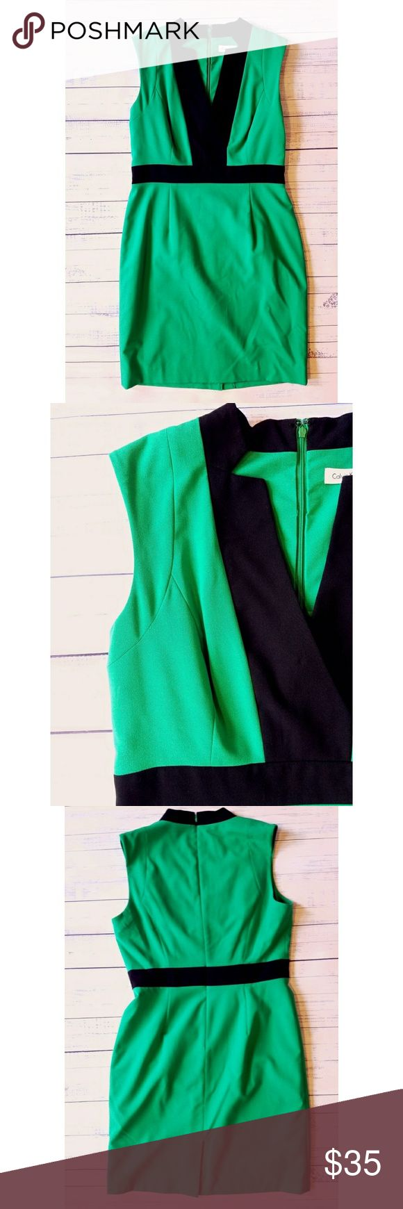 Calvin Klein Kelly Green Dress Lightly worn  Linned Zipper in back 21.5 inches from armpit to armpit  17.5 inch flat waist 39 inches long Calvin Klein Dresses
