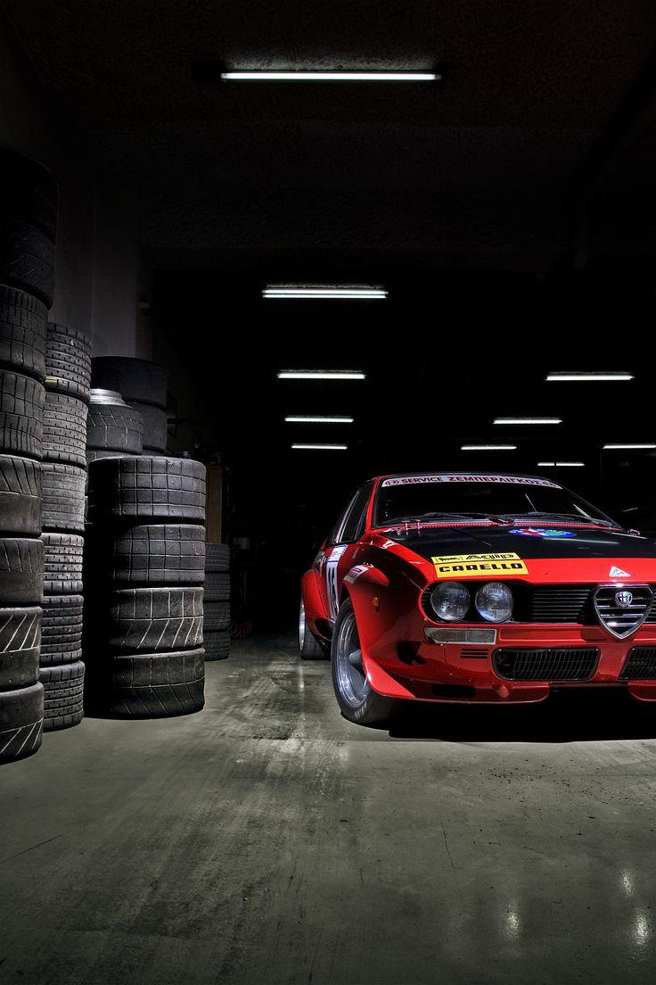 Alfa Romeo Alfetta GTV | repinned by www.BlickeDeeler.de