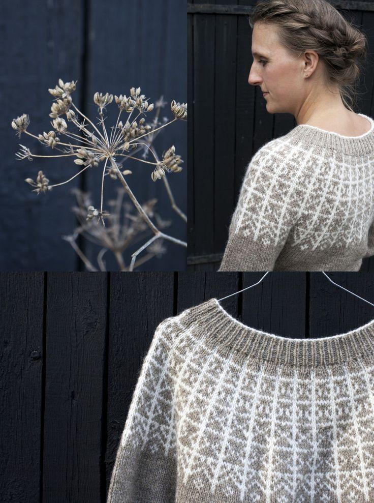 Rimfrost er en varm og elegant islænder strikket i dobbeltråd. Mønsteret fører tankerne hen mod de nordiske vintre med smukt rimfrost på træerne. M...