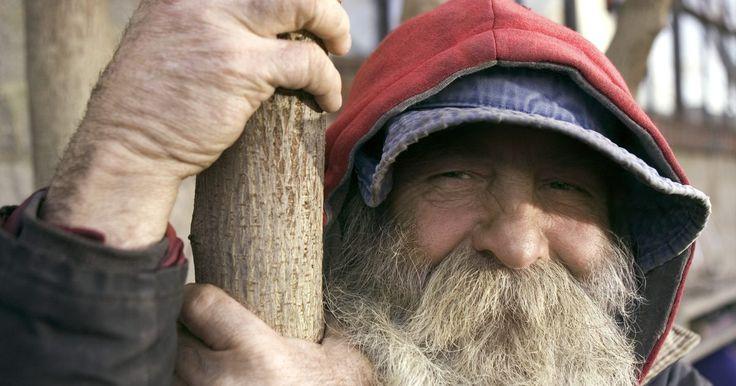 Como deixar a barba crescer sem parecer desgrenhado. O pelo facial é encontrado em diversas formas: do cavalheiro com um bigode ao garoto com costeletas e uma barbicha. Deixar a barba crescer completamente toma tempo, mas você precisa ter alguns cuidados para que ela não pareça desleixada. As barbas, principalmente as longas, precisam de diversos procedimentos para que não fiquem parecendo ...
