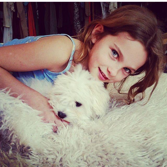 Bella Wilson hugging Teddy Bear (@imtedbear on instagram)
