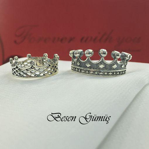 Kral Kraliçe Tacı Gümüş Alyans Fiyat : 118,00 TL 2 Adet Alyans Fiyatıdır.. SİPARİŞ için www.besengumus.com www.besensilver.com  İLETİŞİM için Whatsapp 0 544 6418977 Mağaza 0 262 3310170  Maden : 925 Ayar Gümüş Taş : Taşsız - Zirkon Taşlı Kaplama : Oksit  Besen Gümüş  #besen #gümüş #takı #aksesuar #kral #kraliçe #tacı #alyans #izmit #kocaeli #istanbul #besengumus #tasarım #moda #bayan #erkek