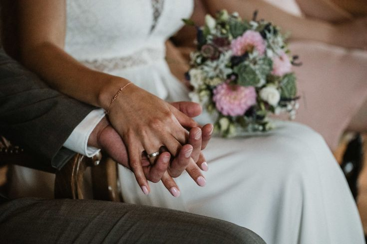 mariage gruyères fribourg Inspiration mariage bohème chic moody. Photographe d