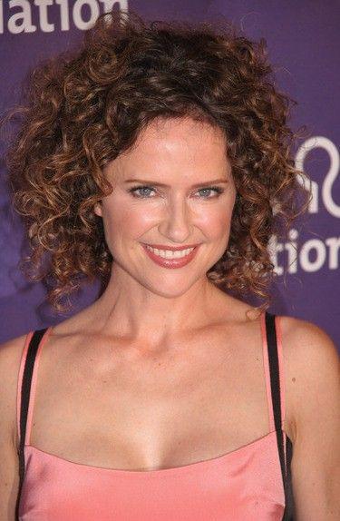 Jean Louisa Kelly Bra Size, Age, Weight, Height, Measurements - http://www.celebritysizes.com/jean-louisa-kelly-bra-size-age-weight-height-measurements/