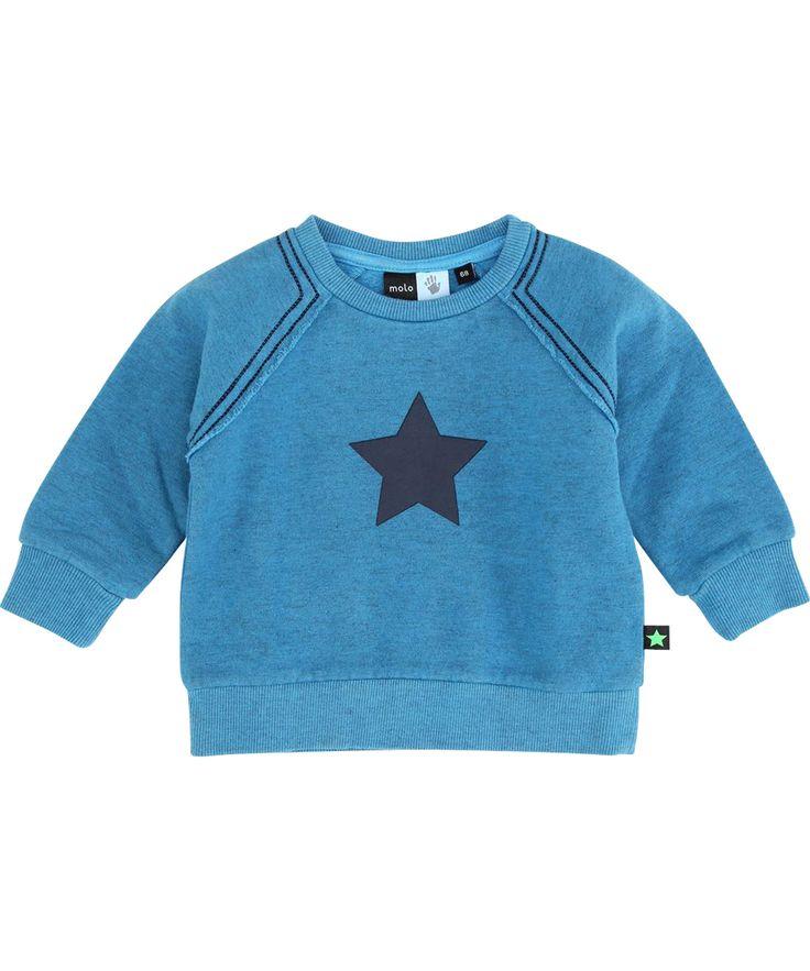 Molo toffe baby trui in zacht blauw met donkere ster. molo.nl.emilea.be