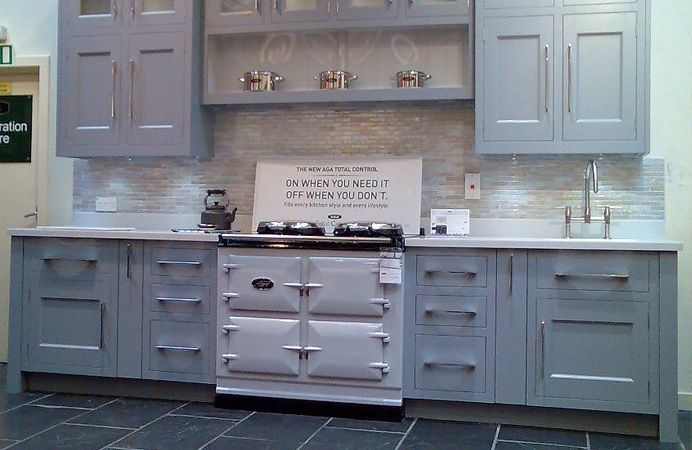 pearl ashes aga with blue/grey kitchen
