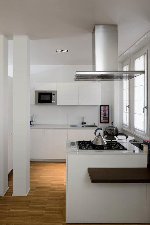 Ristrutturazioni appartamenti moderni a roma kitchen for Appartamenti moderni foto