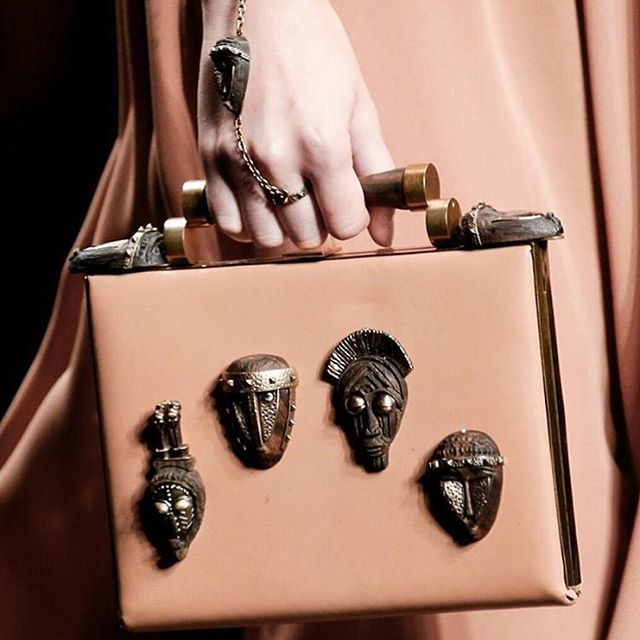 LOVE LOVE LOVE IT!!!!!!!  Zooming in on details from yesterday's #SS16 collection. The mask, traditionally used as a form of disguise is readapted on bags, shoes and accessories. Click on link in bio to watch the video on demand. #SS16