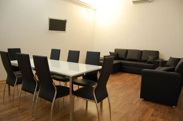 Rome is not only a holiday destination! To find the best business apartments in Rome www.romesweethome.com