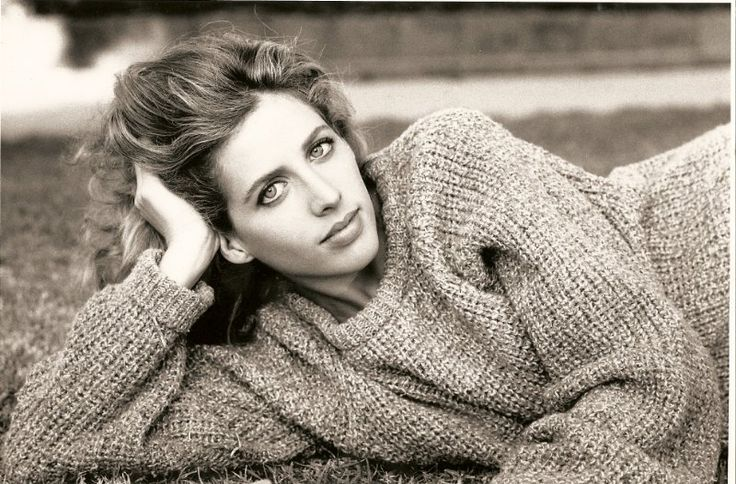 Tracy Nelson - love the sweater and sienna photo : )