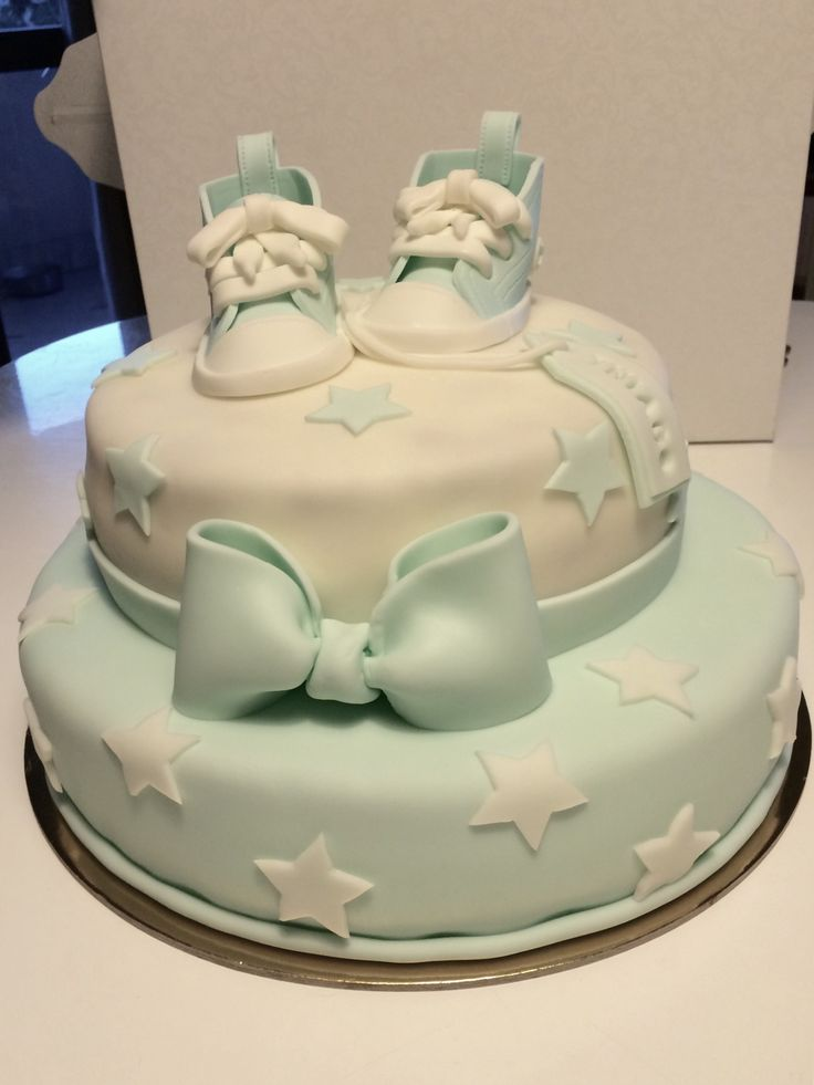 Cake it's a boy converse all star cake baby shower