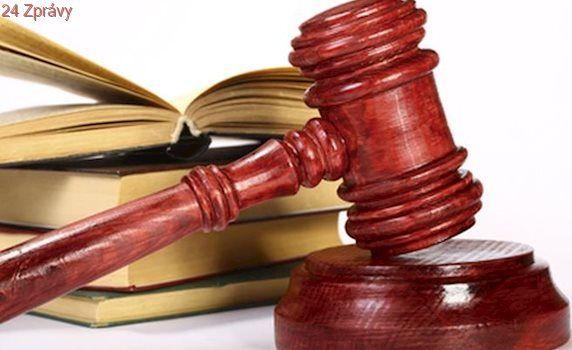 ÚS tepe postup policie: Pozůstalí rodiče mají právo na informace z trestního spisu