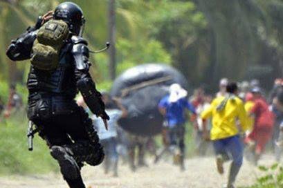 Con intentos de bloqueos, avanzan paros en Colombia.