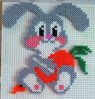 Perles hama: bébé lapin carotte