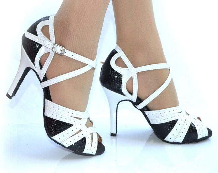 Купить товар2016 Бренд женские Латинский танец обувь пятно Черный белый Baroom танцы обувь Сальса Бальные Квадратных обувь 8.5 см Высокие каблуки Плюс размер в категории Обуви для танцевна AliExpress. подробная информация о продукте