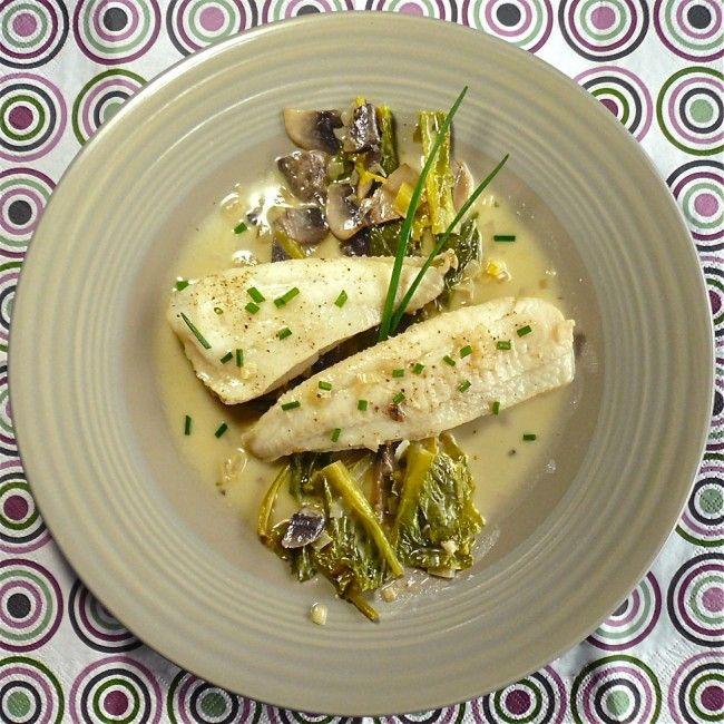 Ψάρι γλώσσα ή πέρκα στο φούρνο με νόστιμη σαλτσούλα | InfoKids