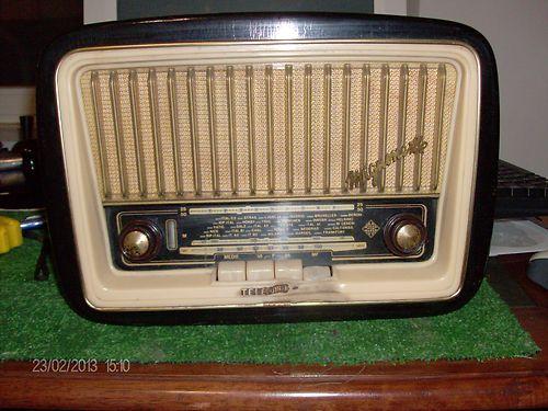 Radio d'epoca Telefunken Mignonette FM R171