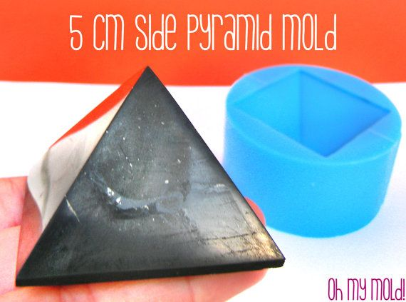 Big Pyramid 5 cm x side Mold for 3D Pyramid by OHMYMOLD on Etsy