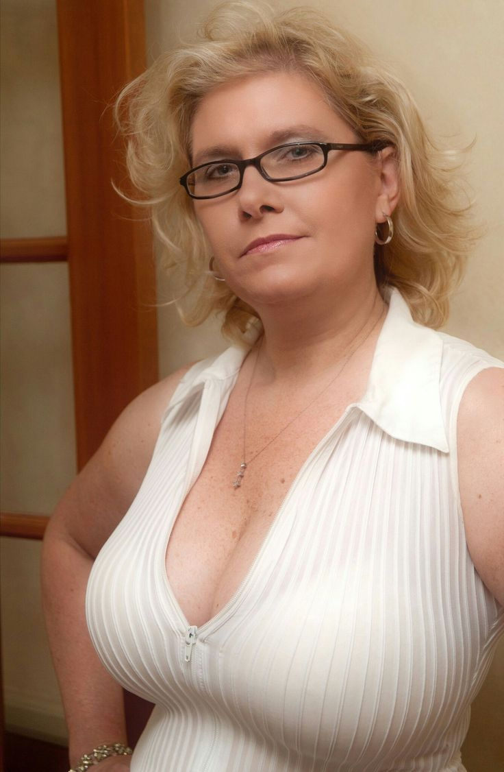 Busty mature glasses gy videos pantyhose and
