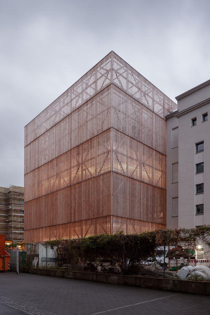 Ernst Busch University of Performing Arts / O&O Ba…