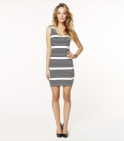 This striped dress is a summer classic!
