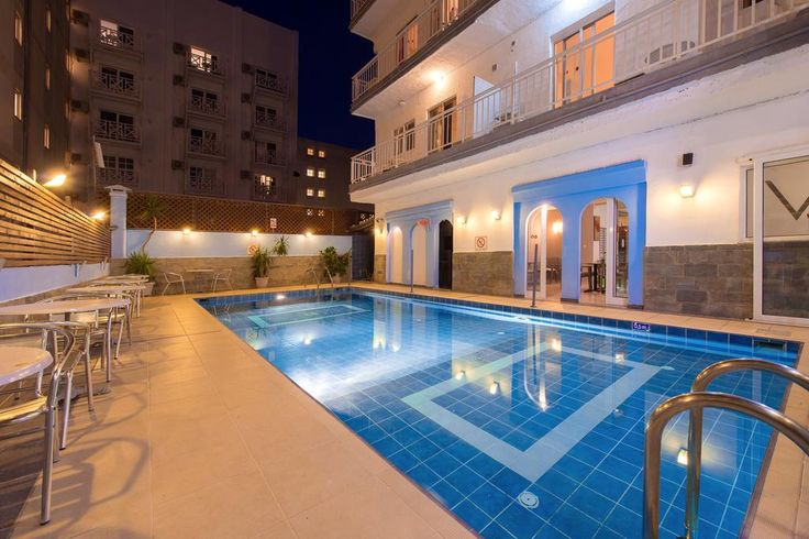 Hotel Venus    Within 500 metres from the Old Town in Rhodes, just 50 metres from Elli Beach, Hotel Venus features a swimming pool and a restaurant. Guests are offered a buffet breakfast.