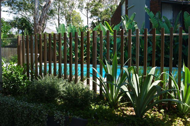 Timber batten pool fence detail #formedgardens