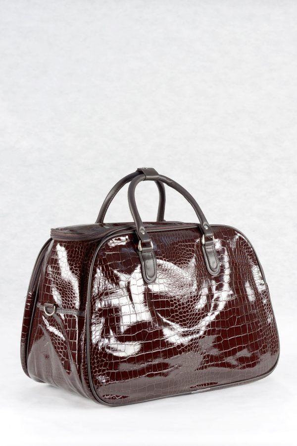 Τσάντα χειρός και ώμου, καφέ σκούρο, υφή λουστρίνι κροκό σε μικρό, μεσαίο και μεγάλο μέγεθος.  Ταξιδιού και επαγγελματικής χρήσης (για κομμώτριες, αισθητικούς κλπ)