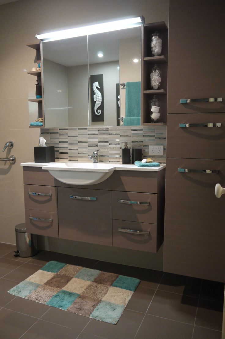 Wall Mounted Vanity & Shaving Cabinet