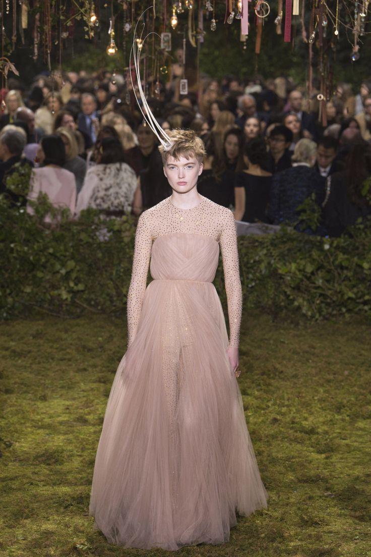 Excelente Vestido De Novia Dior Regalo - Colección de Vestidos de ...