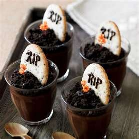 Love these!  Could do this with chocolate mousse for Halloween.