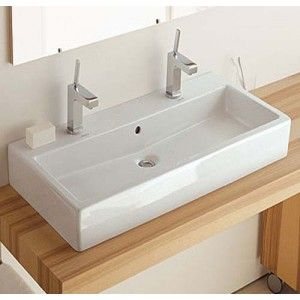 17 meilleures id es propos de lavabos doubles sur pinterest double coiffeuse double vier. Black Bedroom Furniture Sets. Home Design Ideas