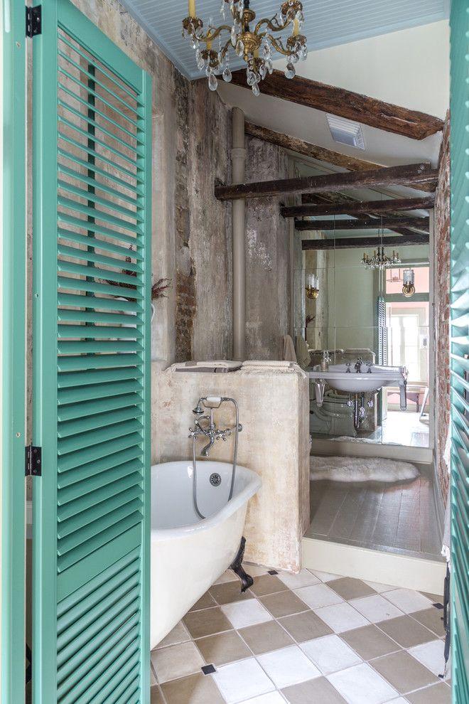 Concrete Shabby-Chic Style Bathroom